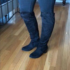 Diba Suede Boots size 7.5 Medium